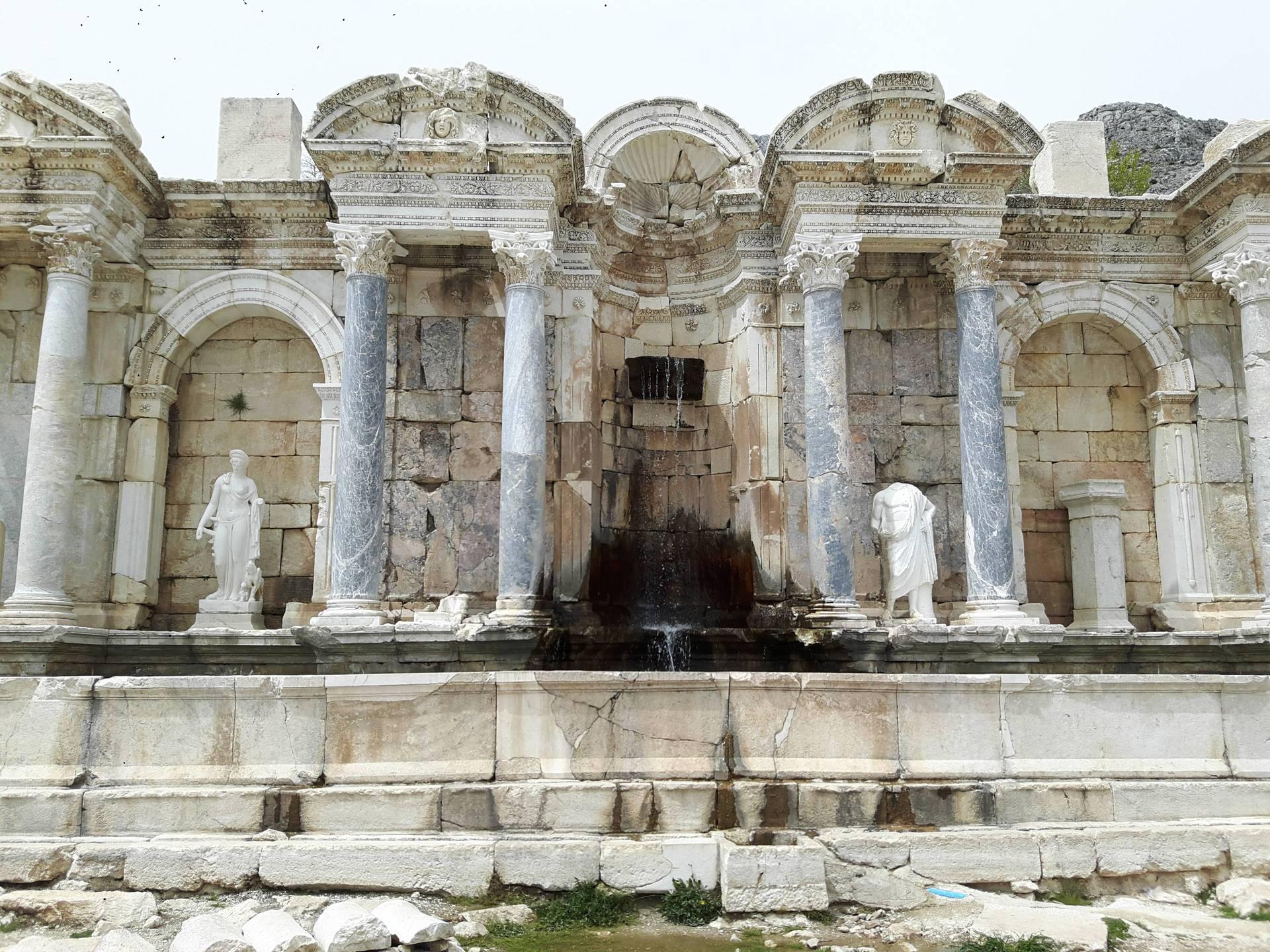 Сагалассос - затерянный в горах античный город