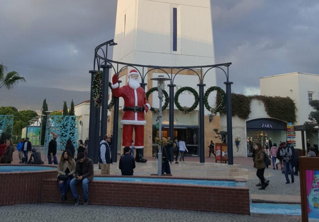 Санта Клаус в Измире