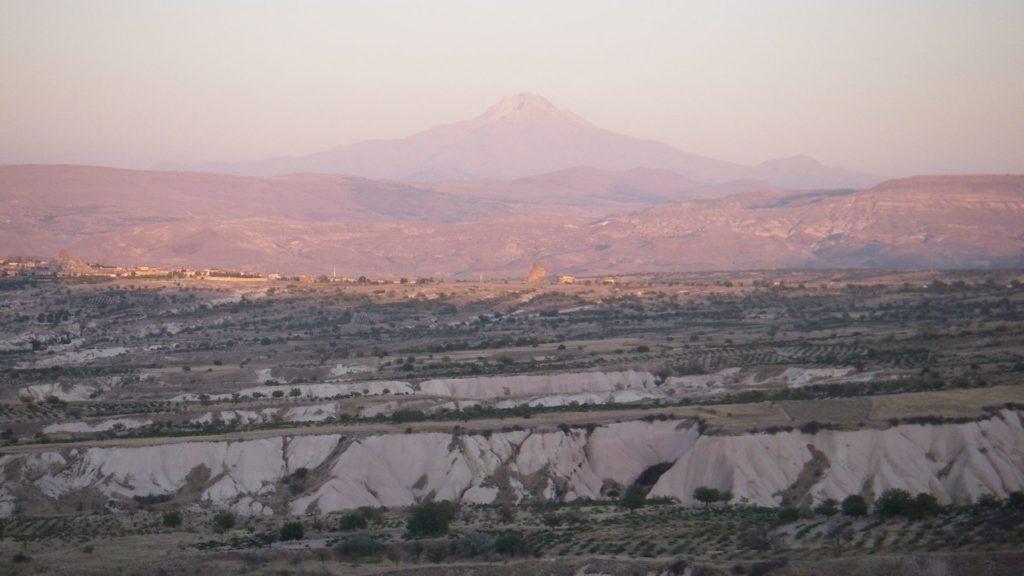 Заснувший навсегда вулкан Эрджиес