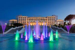 Новый год вместе с легендарным отелем Mardan Palace в Анталье