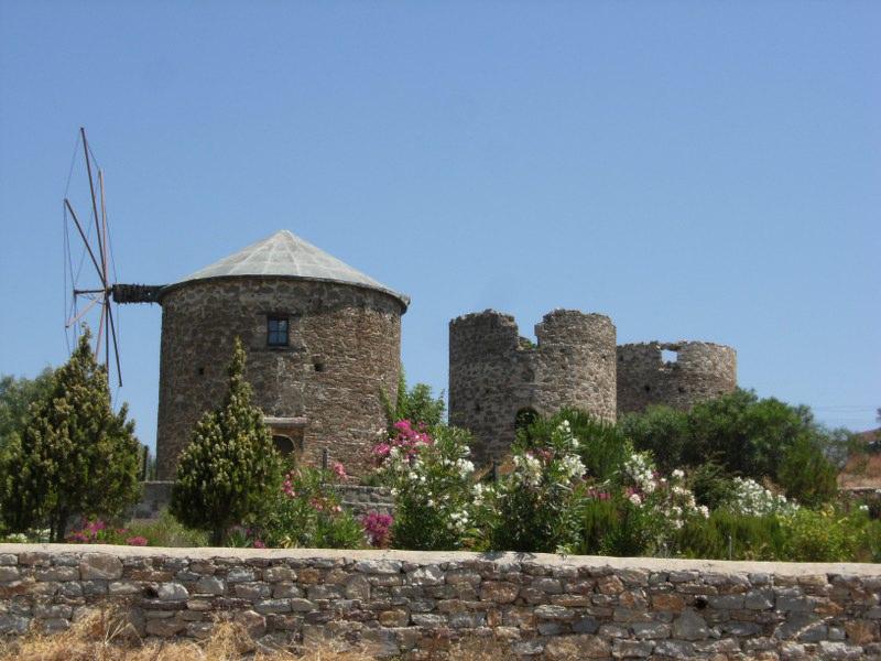 Ветряные мельницы в окрестностях Датчи