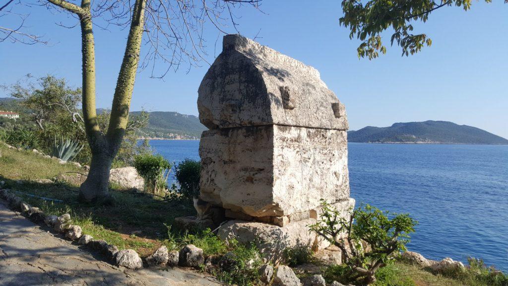 Ликийская гробница в Каше