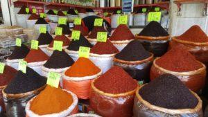 Турецкие специи и приправы: мини-путеводитель по ароматному миру